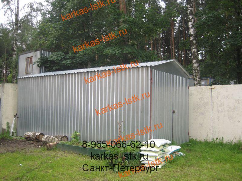 стандартный гараж для двора