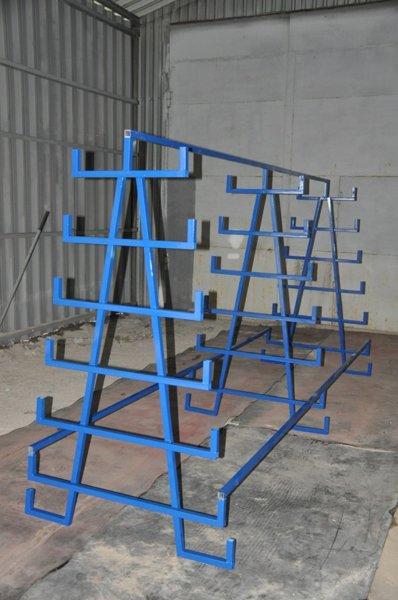 пирамиды для хранения металла