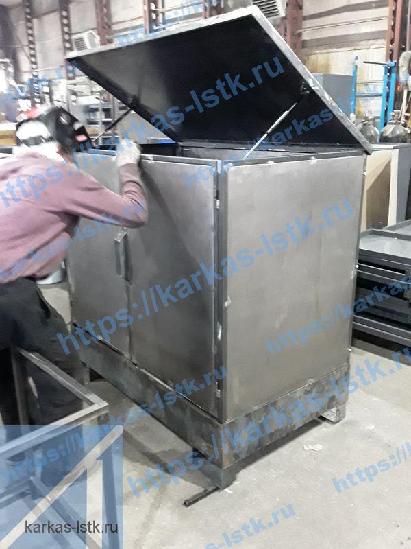 стальное депо для бочек